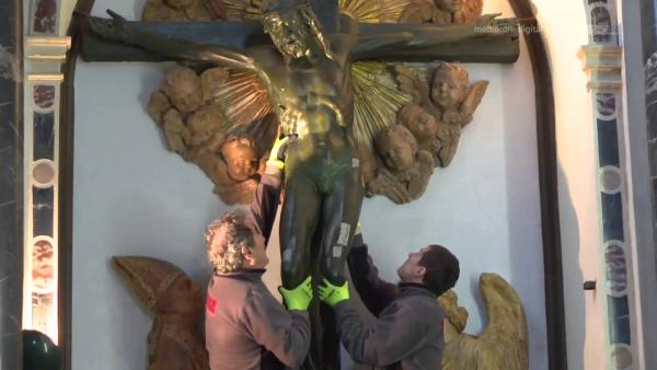 crocefisso prima di essere restaurato